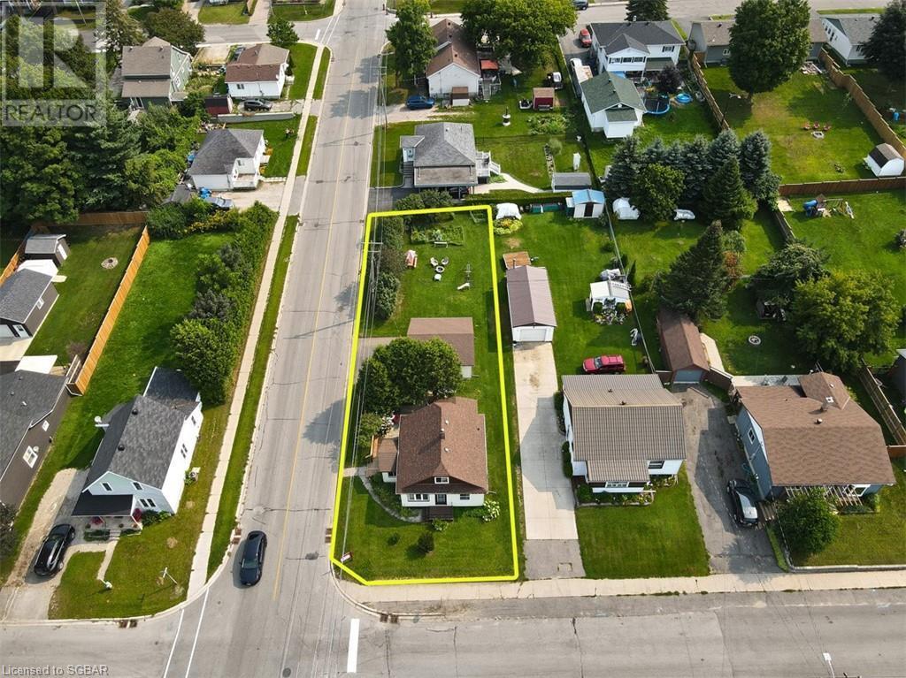 8 Edward Street, Penetanguishene, Ontario  L9M 1L1 - Photo 34 - 40156920