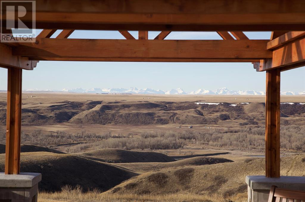 9 Edgemoor Way W, Rural Lethbridge County, Alberta  T1J 5R6 - Photo 7 - A1020255