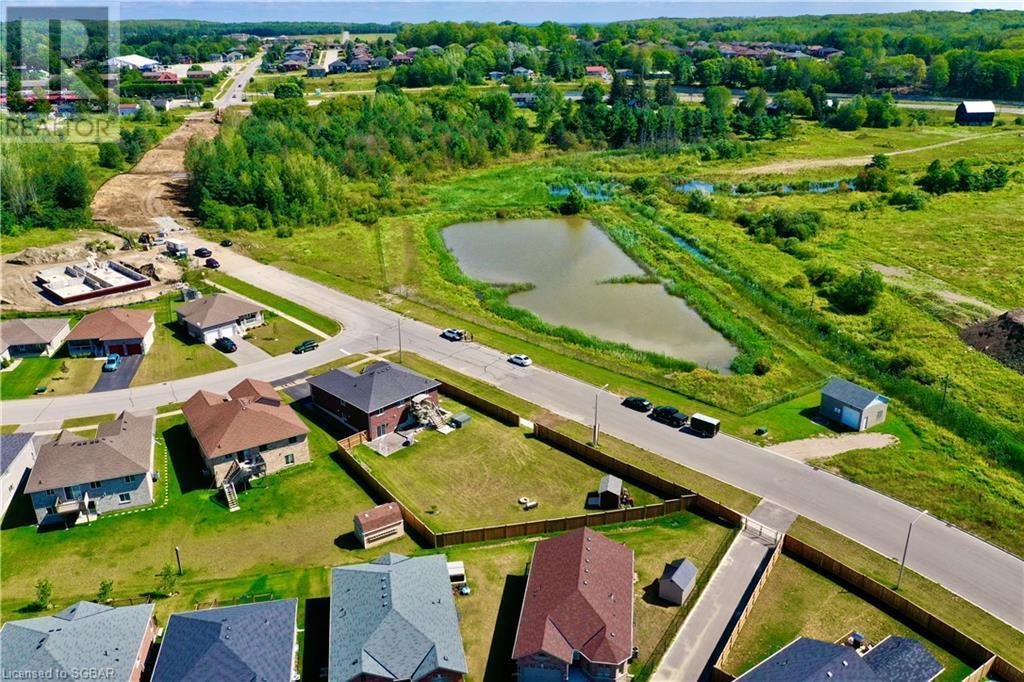 32 St Amant Road, Penetanguishene, Ontario  L9M 0A1 - Photo 4 - 40157663