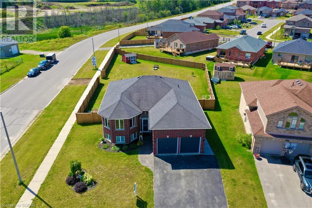 32 St Amant Road, Penetanguishene, Ontario  L9M 0A1 - Photo 3 - 40157663