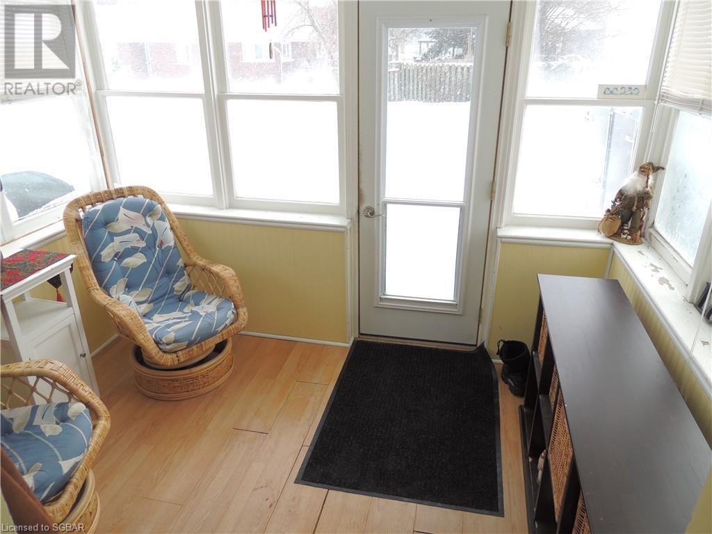 14 Margaret Street, Meaford, Ontario  N4L 1G5 - Photo 4 - 40164003
