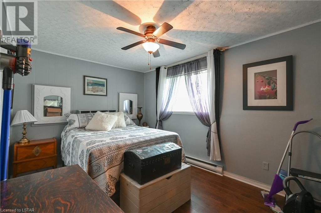 21084 Riverview Drive, Thorndale, Ontario  N0M 2P0 - Photo 17 - 40165783