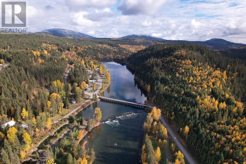 6743 Likely Road, Likely, British Columbia  V0L 1N0 - Photo 1 - R2617234