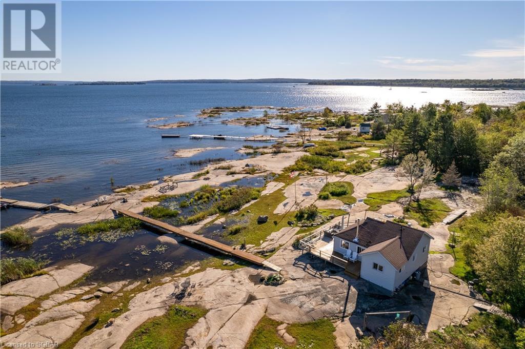 3140 ISLAND 630/ROBERTS Island, honey harbour, Ontario
