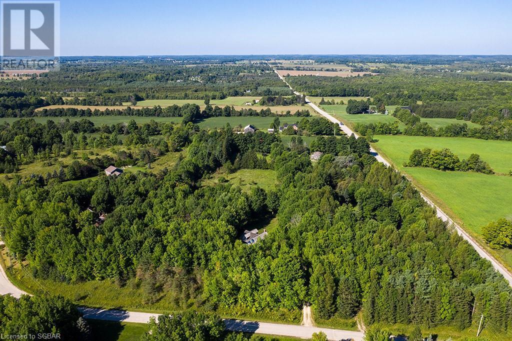 200 Valley Crescent, Grey Highlands, Ontario  N0C 1H0 - Photo 3 - 40168950