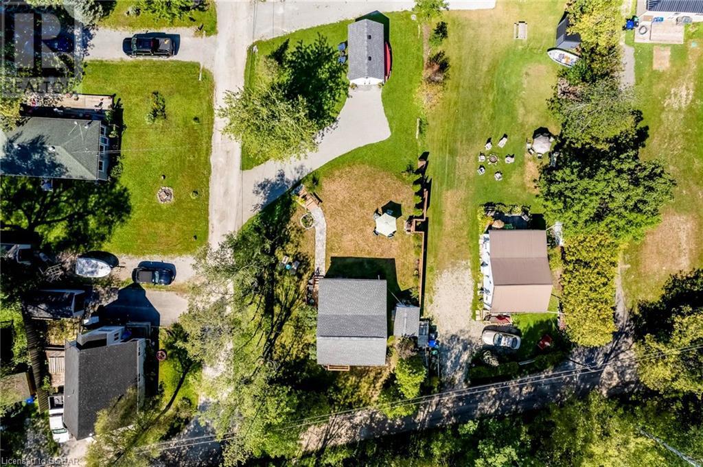 20 Lawson Lane, Waubaushene, Ontario  L0K 2C0 - Photo 3 - 40159578