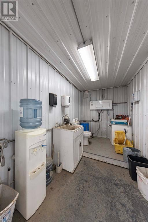 70 Willoughby Street, County Of, Alberta  T9V 1C7 - Photo 7 - A1148788