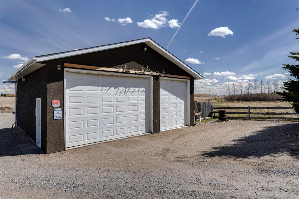 292212 Twp Rd 262, Rural Rocky View County, Alberta  T0M 0E0 - Photo 45 - A1107273