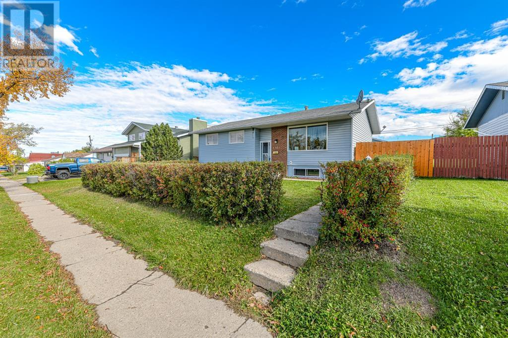 Property Image 3 for 4903 51 Street