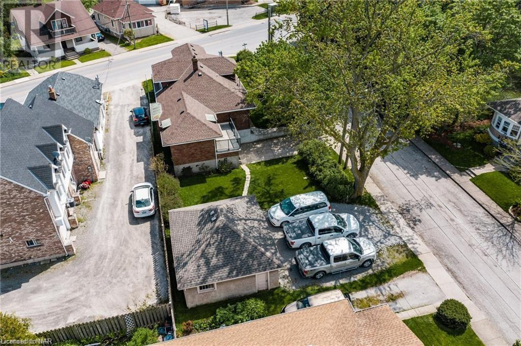 49 Eastchester Avenue, St. Catharines, Ontario  L2P 2Y6 - Photo 2 - 40162860