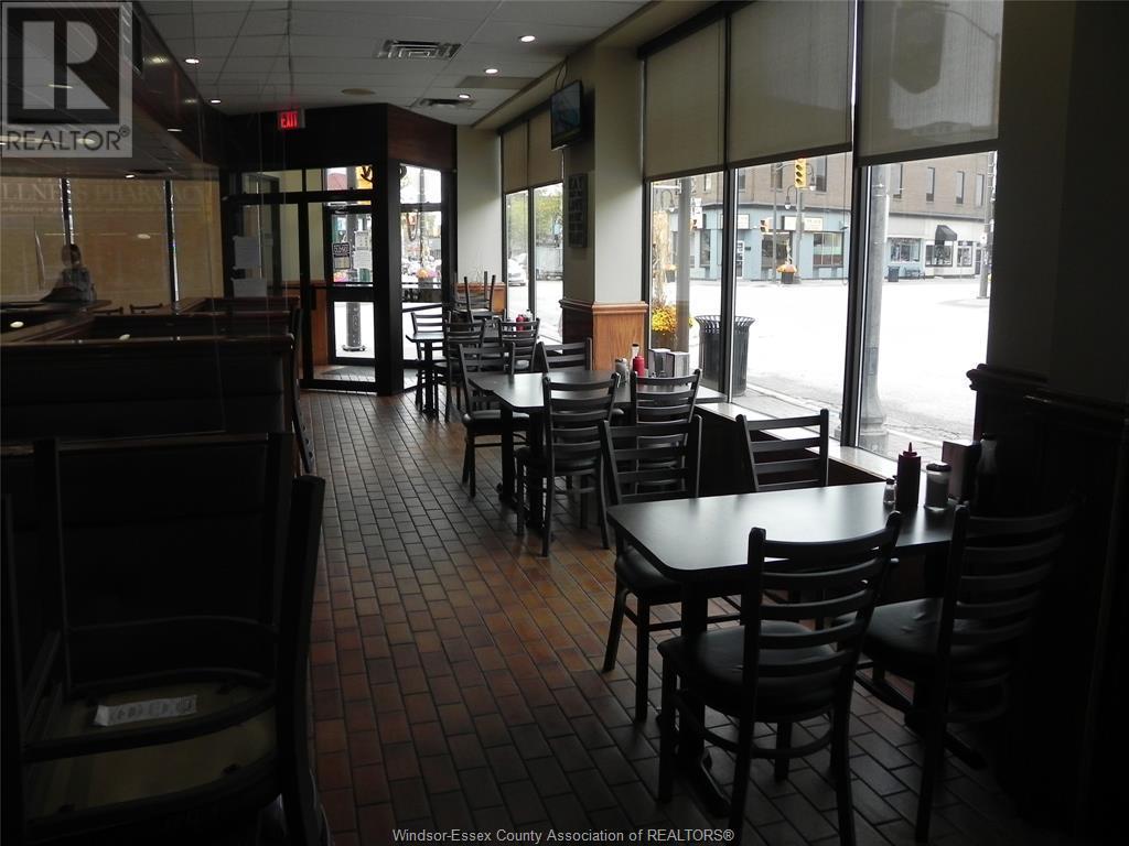 1 Talbot Street East, Leamington, Ontario  N8H 1L1 - Photo 12 - 21020009