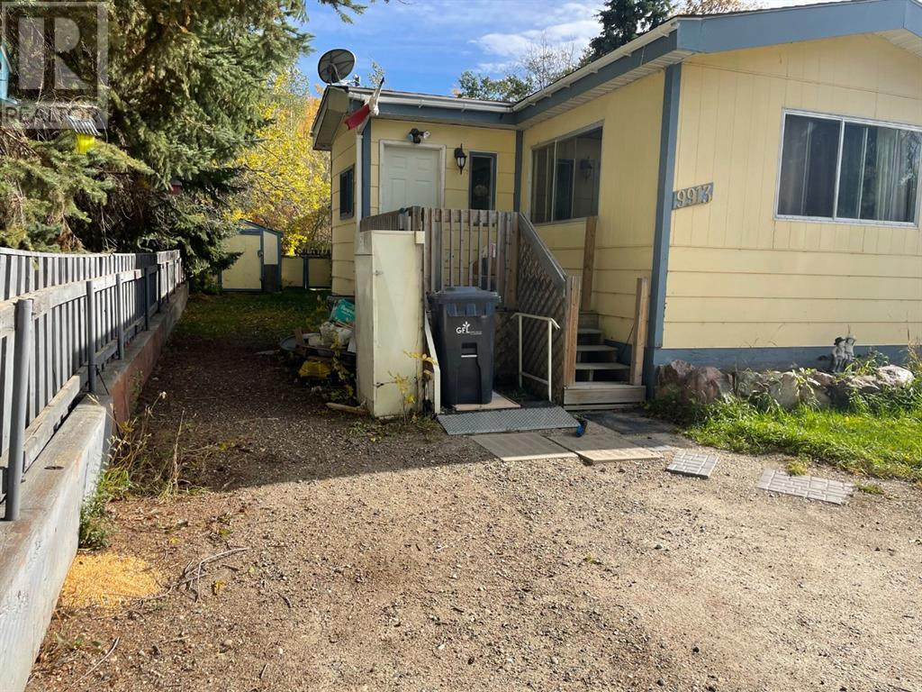 Property Image 2 for 9913 80 Avenue