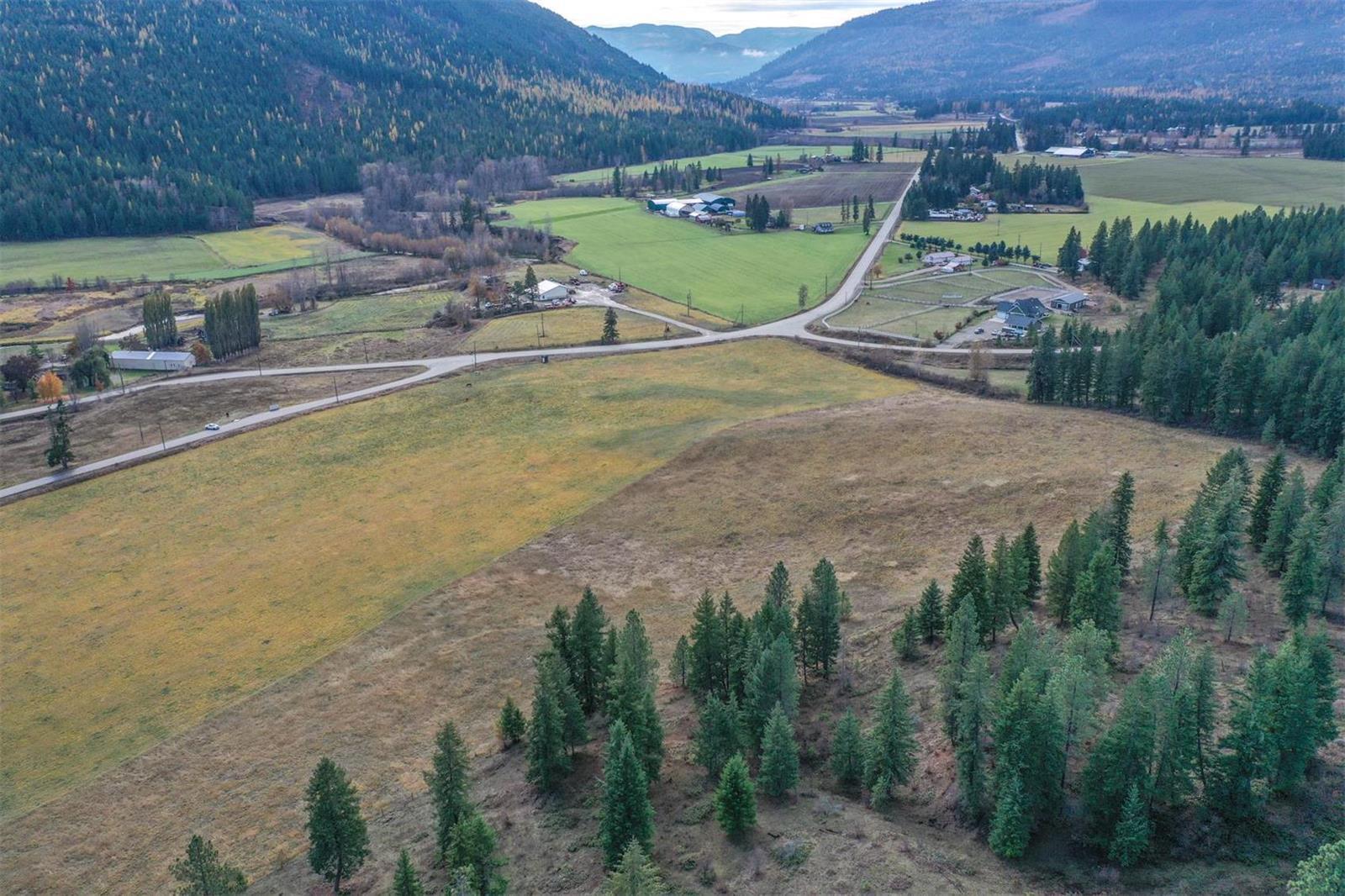 49 Albers Road,, Lumby, British Columbia  V0E 2G5 - Photo 33 - 10218572
