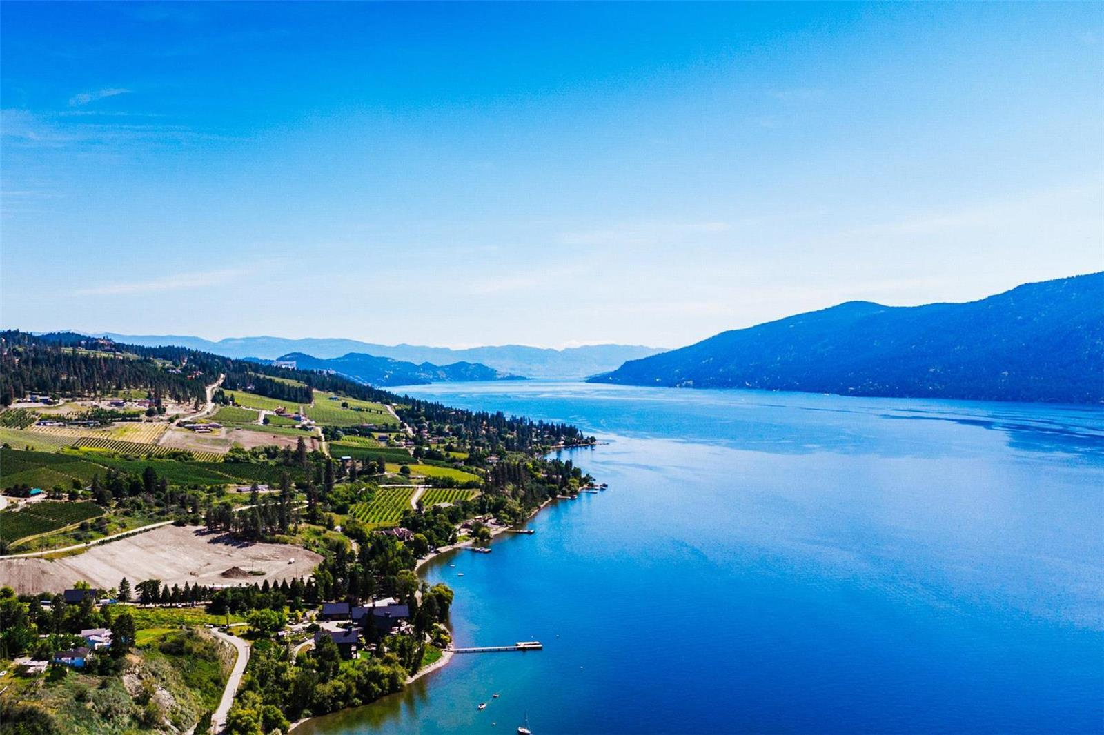 12815 Pixton Road, Sw, Lake Country, British Columbia  V4V 1C9 - Photo 2 - 10236311