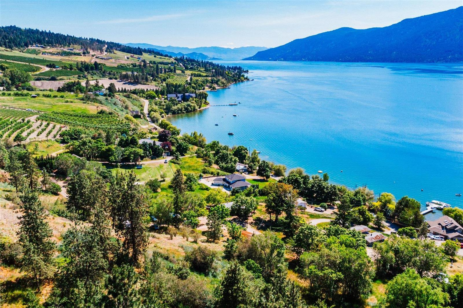 12815 Pixton Road, Sw, Lake Country, British Columbia  V4V 1C9 - Photo 3 - 10236311