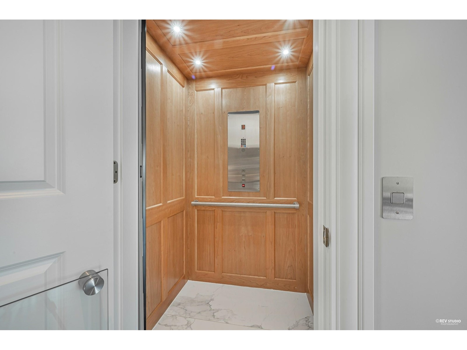 890 Kenwood Road, West Vancouver, British Columbia  V7S 1S9 - Photo 18 - R2606048